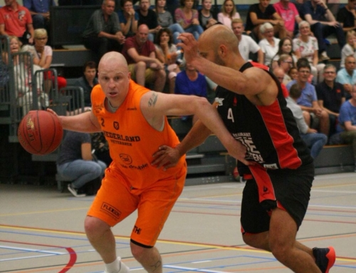 Penta All Stars tegen ex-internationals: 68-84